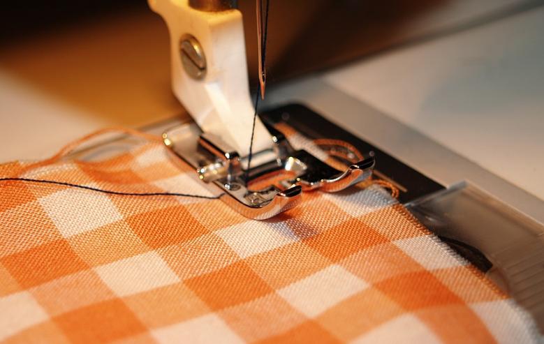 Quelle est la reconversion en tant que couturière ou couturière de mode ?